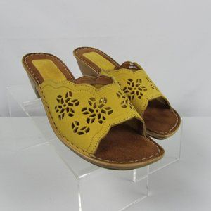 Tsonga Yellow Gold Suede Slide Sandals Size 39 8